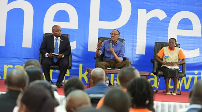 President Paul Kagame discussing with the Youth