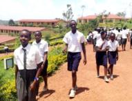 Hundred Private Schools Bankrupt , Begin Closing Business