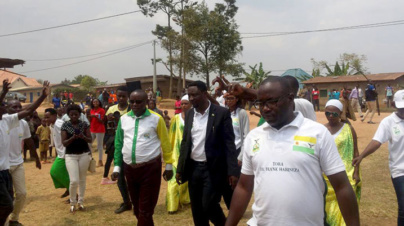 Green Party Candidate Frank Habineza campaigns in Nyaruguru-Kibeho