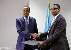 Gen. Kabarebe Hands Over to Maj. Gen Murasira