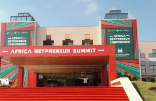 Alibaba's Jack Ma In Africa with $1M for 10 Young Entrepreneurs