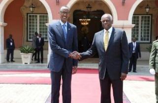 Kagame meets Angola's Dos Santos as FDLR offensive nears