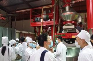 Chinese Ambassador Pledges To Attract More Coffee Investors to Rwanda