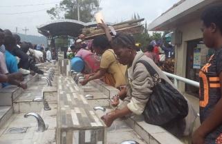 Business As Usual at Rubavu – Goma Border as Ebola Screening Intensifies