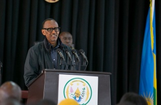 In Southern Rwanda, Kagame Discusses Relation with Neighbours, Poverty and Development
