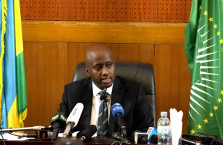 Rwanda, Arsenal Deal is a Business Choice – Minister Nduhungirehe