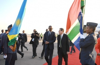 Kagame in South Africa for BRICS Summit