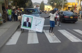 Candidate Mpayimana Promises to Build Sky Scrapers
