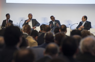 Avoid Unnecessary Red Tape, Kagame Tells African Leaders