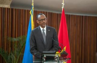 Kagame Welcomes Rwandans in Mozambique to 'New Rwanda'