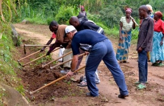 Rwanda's Umuganda that Everyone's Involved In