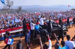 Kagame Offers Himself as 'Shock Absorber' for Rwanda