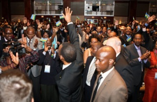 Thousands of Rwandans descend on Atlanta to meet their President