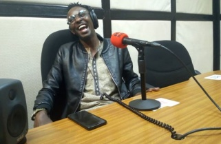 I Hate Listening to My Music – Jules Sentore