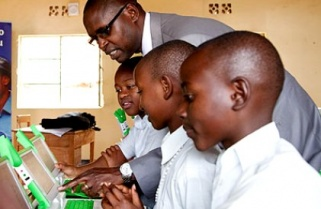 120 Rwandans Subscribe to Internet Every Hour