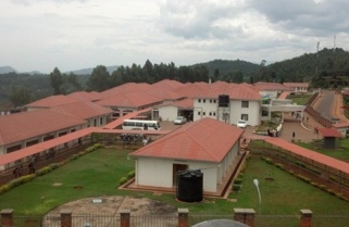 Kagame Directs Defense Ministry To Construct $7m Hospital In A Year