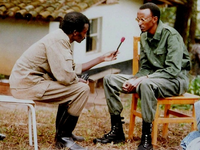Kagame responds to questions of an embedded Journalist during the 1990-1994 liberation struggle