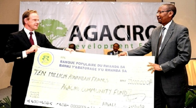 A contribution to Agaciro development Fund. Individual Rwandans, institutions and organizations have since 2011 been mobilising funds as a sign of self reliance and cutting down on foreign aid dependence.