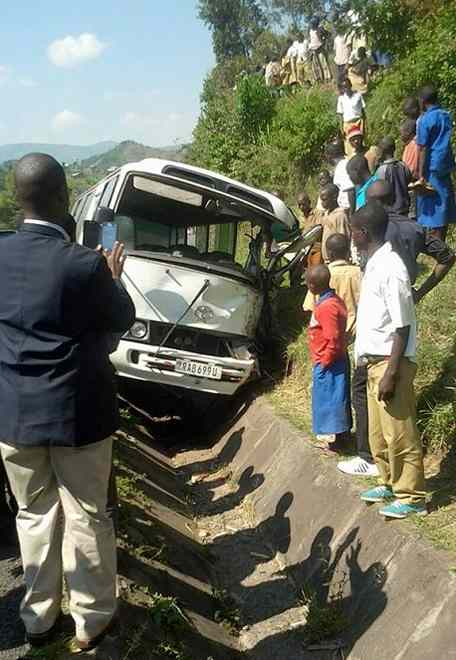 Seven Dead In Accident, Several Injured