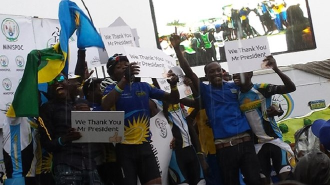 Nsengimana Wins Tour du Rwanda, Shakes Champaign Under Heavy Rain