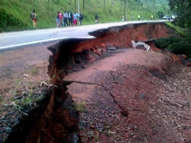 Landslide sliced away part of the road along Kigali-Musanze highway
