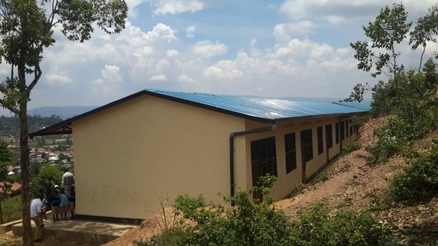 A complete school fully furnished