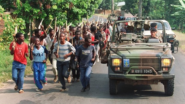 French commandos train Interahamwe militia on 27 June 1994 in Gisenyi. The trainings of thousands of militias had been ongoing since the early 1990s