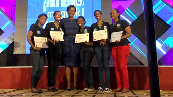 First Lady Jeannette Kagame with MsGeek 2016 finalists