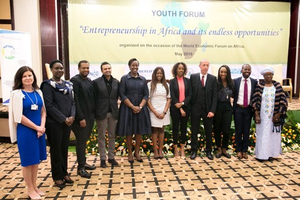 First Lady Jeannette Kagame poses for a group photo at a Youth Forum on sidelines of WEF