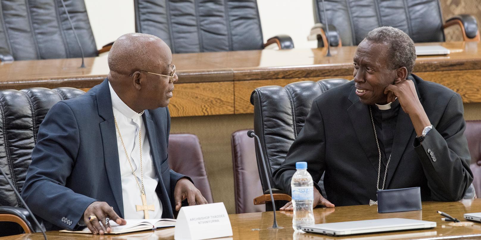 Bishop of Kabgayi Diocese Smaragde Mbonyintege (r) chats with Archbishop of Kigali Thadee Ntihinyurwa
