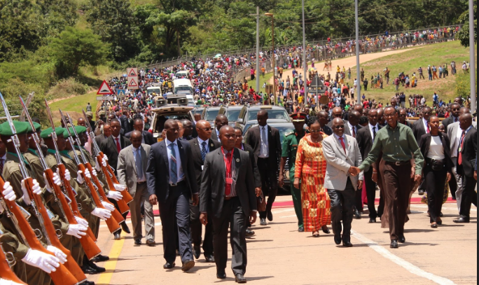 Presidents Paul Kagame of Rwanda and John Magufuli of Tanzania commissioning Rusumo Border in April