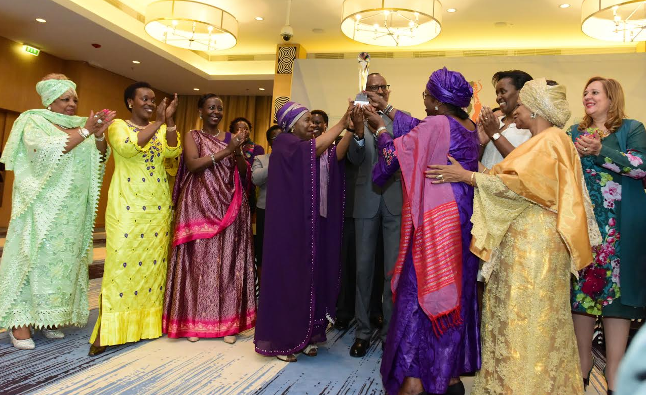 President Paul Kagame receives the Gender Champion Award