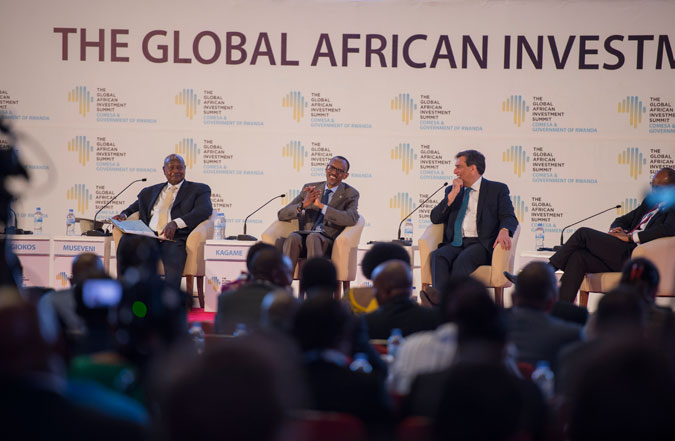President Paul Kagame(middle) and Yoweri Museveni(l) during the GAIS in Kigali