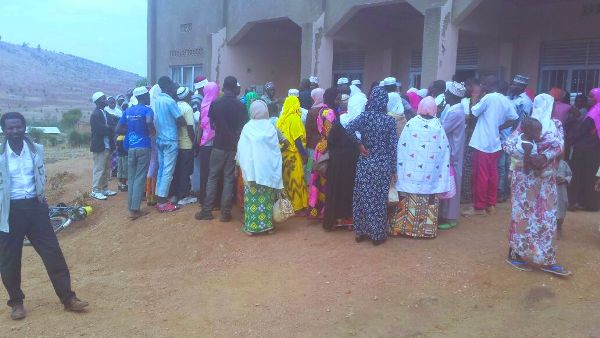 Muslims in Nyagatare gather at Gihorobwa mosque to get meat