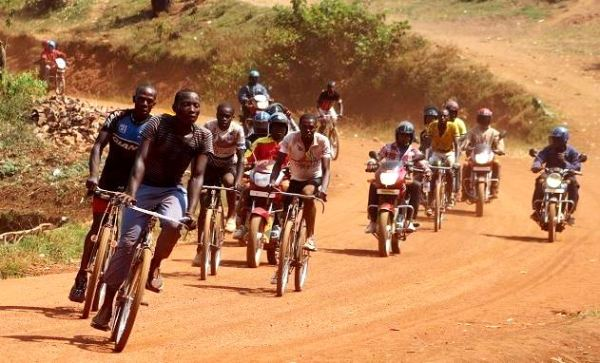 Pioneers of Rwanda cycling competed on a dusty circuit like this