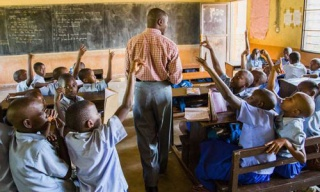 Gov't To Replace 14,000 Teachers Over Absenteeism