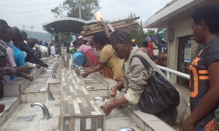 Business As Usual at Rubavu – Goma Border as Ebola Screening Intensifies