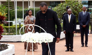 PHOTOS: Kagame Pays Tribute to Rwandan Heroes