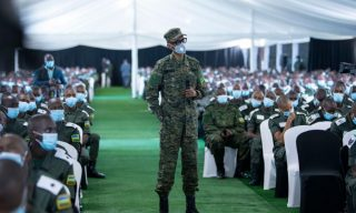 PHOTOS: President Kagame Meets RDF Cadet Officers