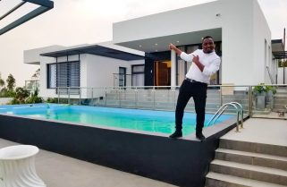 Music Star Tom Close Shifts to His Mansion