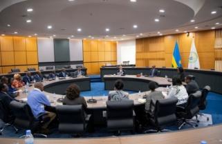 Kagame, EABC Discuss Regional Integration, Trade