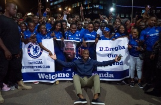 Chelsea Fans Meet Didier Drogba at Kigali Night Run