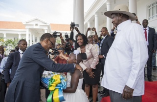 Kagame, Museveni Meet to Iron out Bilateral Issues