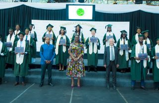 Mrs. Kagame Tells Green Hills Academy Graduates To 'Think Out Of The Box'