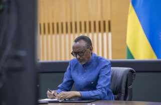 """""""Lives are Going to Be Saved"""" -Kagame on Mastercard, Africa CDC Partnership"""
