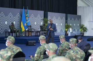 PHOTOS: President Kagame Chairs High Command Council