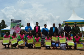 Imbuto Foundation Rewards Best Performing Girl Students