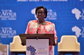 First Lady Pledges Support to Young Health Entrepreneurs