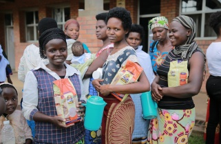 Kibagabaga Patients Get the Best of Africa Improved Foods