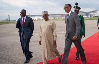 Kagame in Nigeria For Mega Entrepreneurship Forum